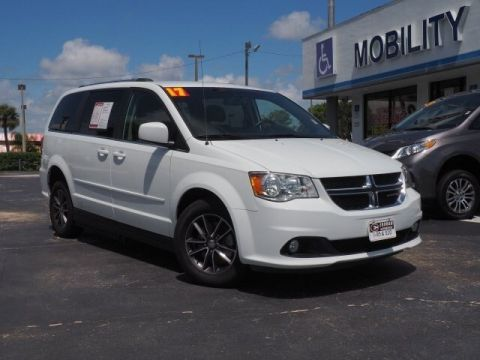 Pre-Owned 2017 Dodge Grand Caravan APEX VMI